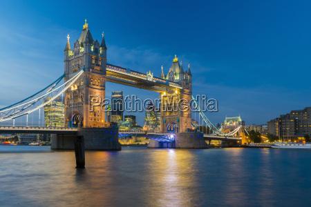 tower bridge over river thames city